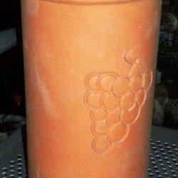 brique à vin raisin gravé