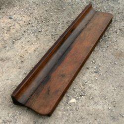 couvercle de piano brun biais