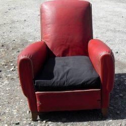 fauteuil rouge 1950 face