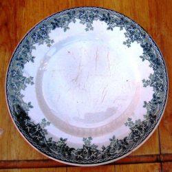 assiettes plates estival détail