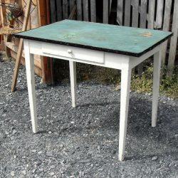 table de cuisine à tiroir biais