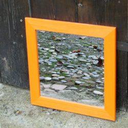 miroir orange carré biais droit